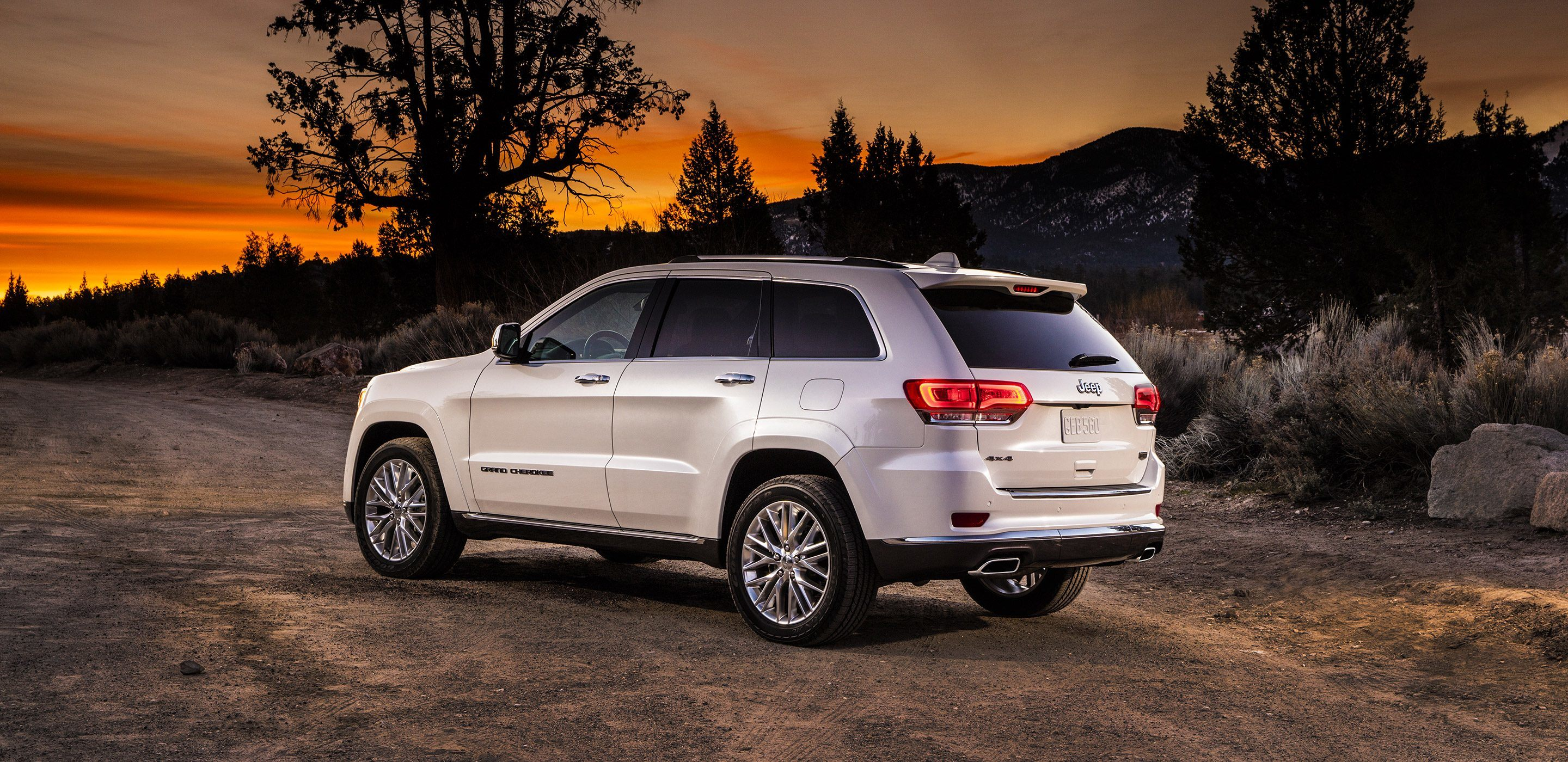 2018 Jeep Grand Cherokee North Olmsted Oh Trim Levels Exterior