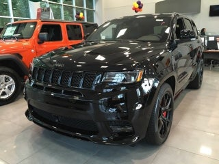 Jeep Dealers Cleveland >> 2019 Jeep Grand Cherokee Srt 4x4 In North Olmsted Oh Cleveland